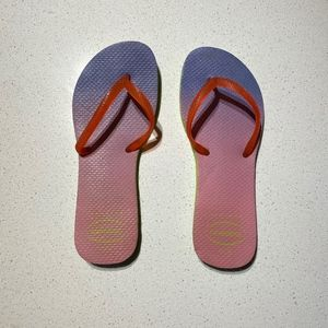 Multicolored Havianas Flip Flops Size 6